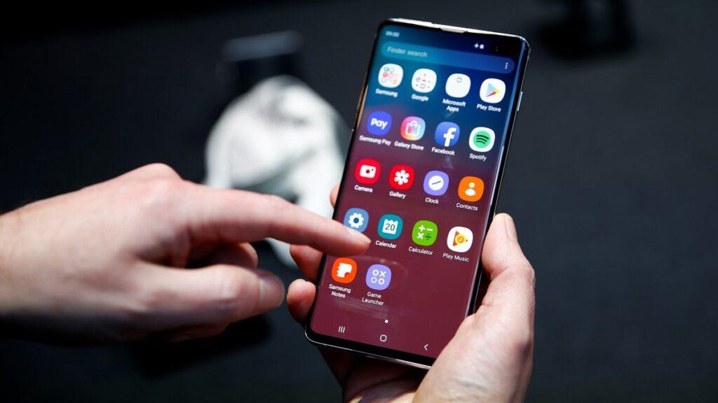 تعویض صفحه نمایش و تاچ گوشی
